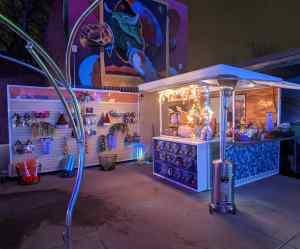 Outdoor Retail Kiosk Venues Campuses Airports Retail Healthcare Food Merchandise Denver Zoo Denver Colorado 2