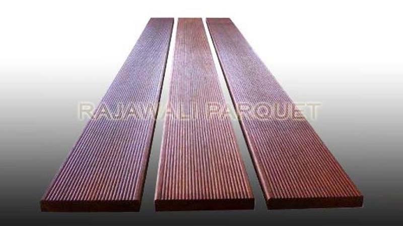 decking kayu merbau