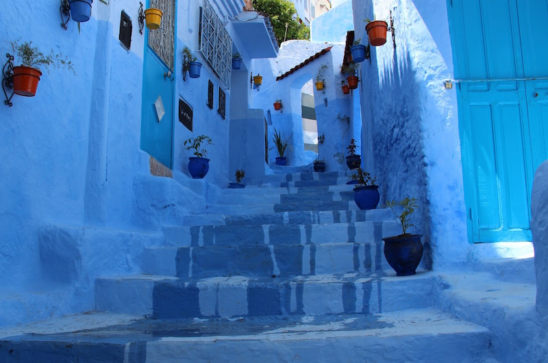 a day trip to chefchaouen morocco s blue city gallivant girl