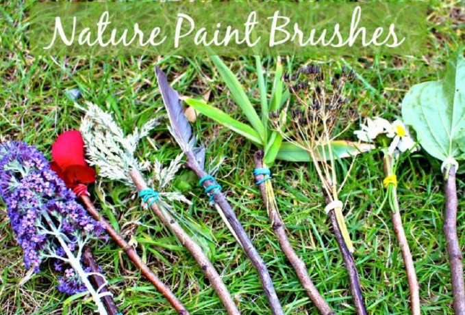Take art outside. Make your own Nature paintbrushes. A great toddler activity for the outdoors.