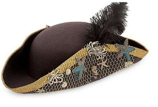 Uma descendants 2 hat. Pirate style with shells and feather.