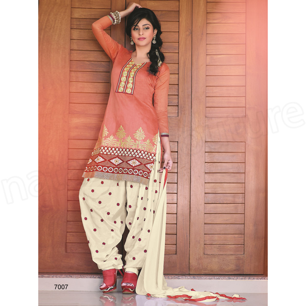 Latest Indian Patiala shalwar kameez fashion 2015-2016 (28)