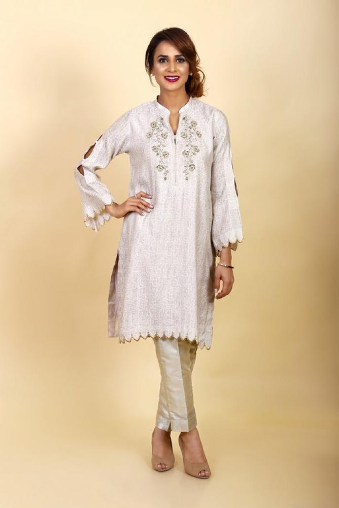 Latest Women Kurta Styles Designs 2018-19 by Change Kurta Collection (11)