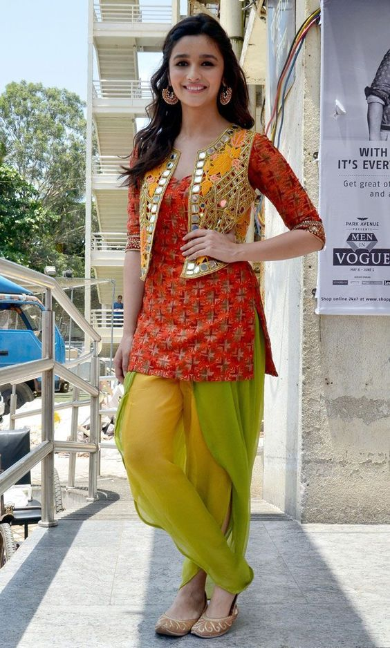 alia-bhatt-tulip-shalwar-suit-with-glasswork-jacket-2