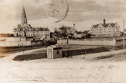 galvanized-hut-postcard