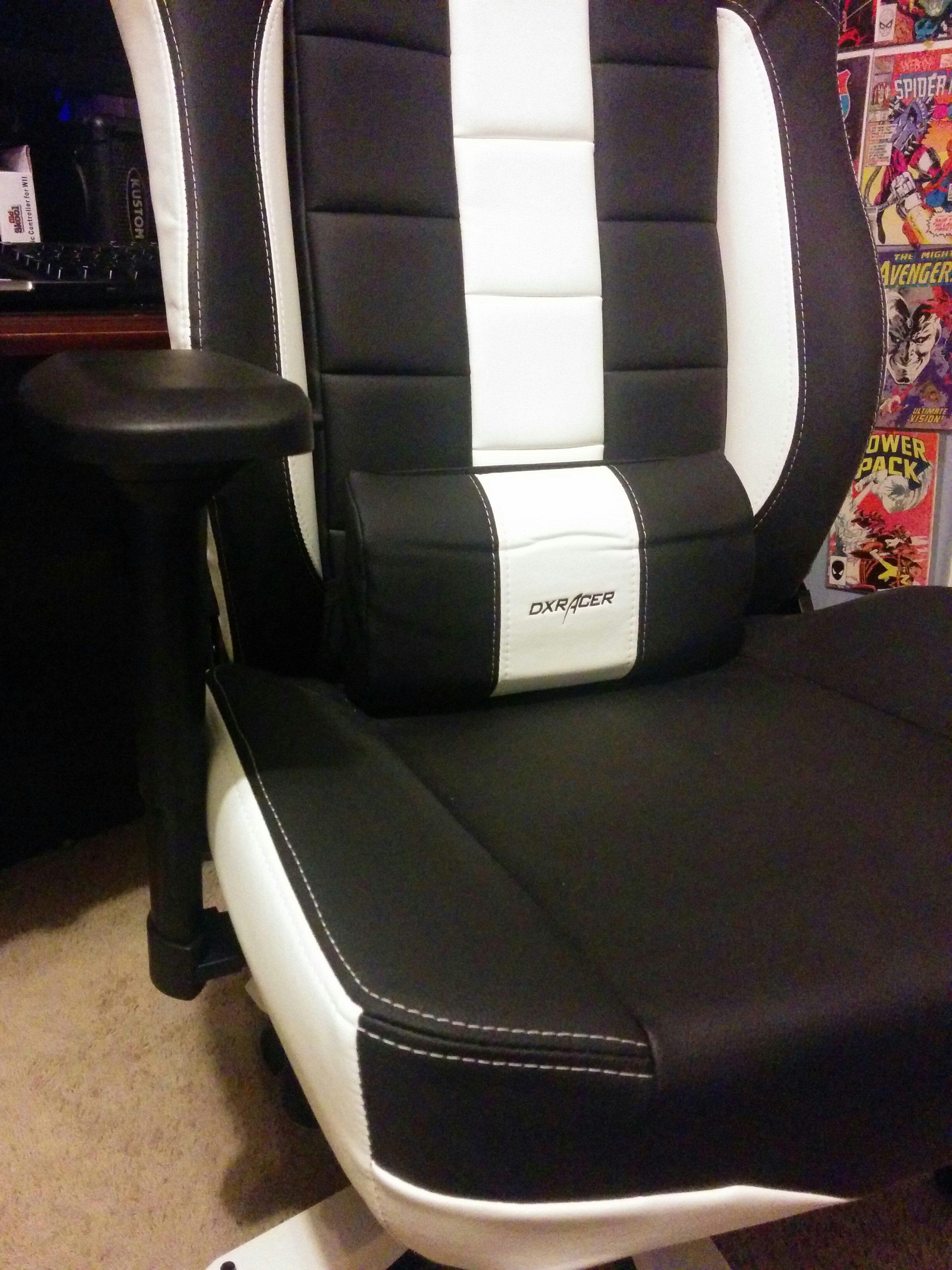 DXRacer Classic Series Office Chair - Gambit Magazine
