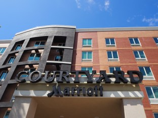 Storefront - Courtyard by Marriott Fresh Meadows