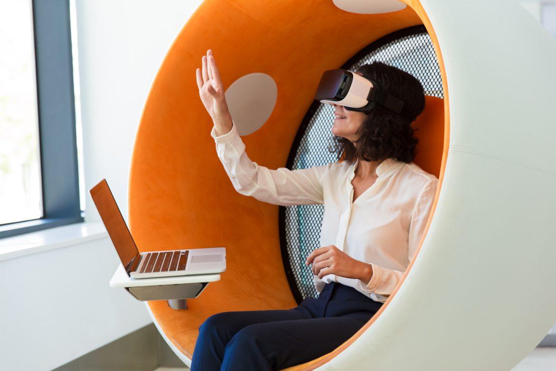 正在進行VR遊戲的開發
