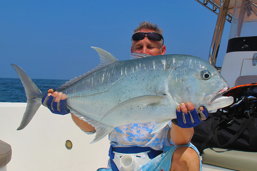 giant-trevally_popping_andaman_daiwa-gt-86-rod_daiwa-6500-reel_bigfoot-popper_darran-2
