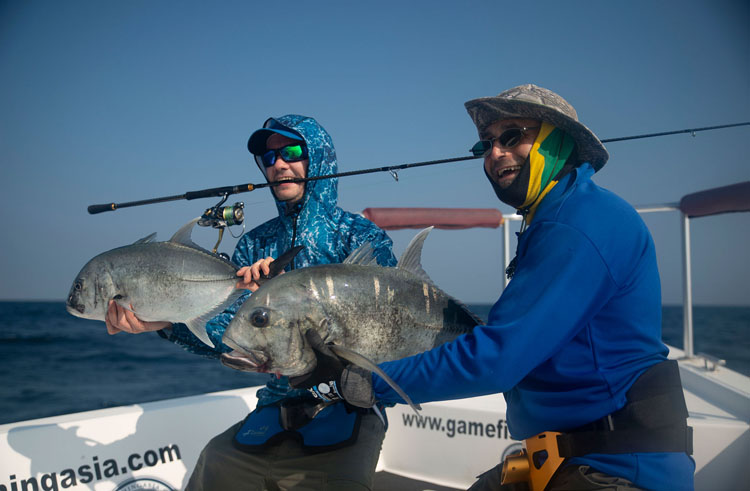 No8_Giant-trevally_double-hookup_fishing_light-jiggingi_andaman_Daiwa-Saltiga_gamefishingasia_boat_big-fish_gtpopping_boat-charter_anglers_Kristian-Maeland_Robert-Walter