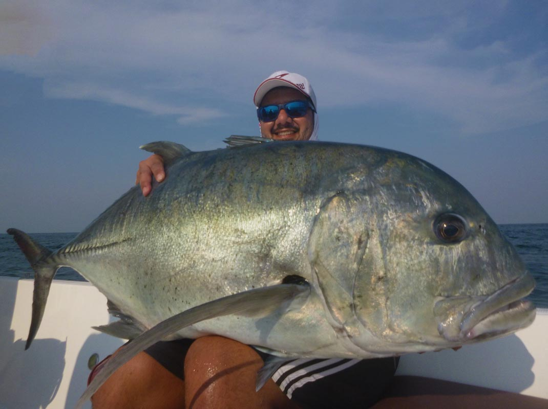 No11_Giant-trevally_35kg-plus_fishing_popping_andaman_Shimano-Stella_gamefishingasia_boat_big-fish_gtpopping_boat-charter_angler_Salim-Alsafi
