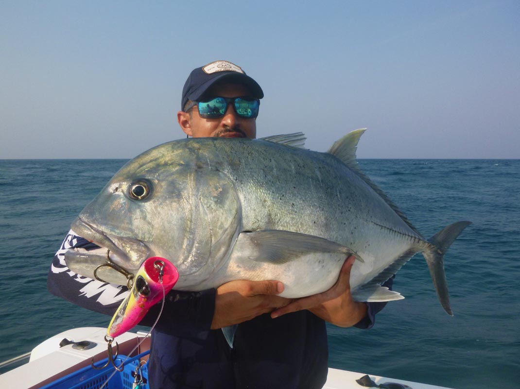 No8_Giant-trevally_fishing_popping_andaman_Shimano-Stella_Black-Ledge-lure_gamefishingasia_boat_big-fish_gtpopping_boat-charter_angler_Hamad-AlRoumi