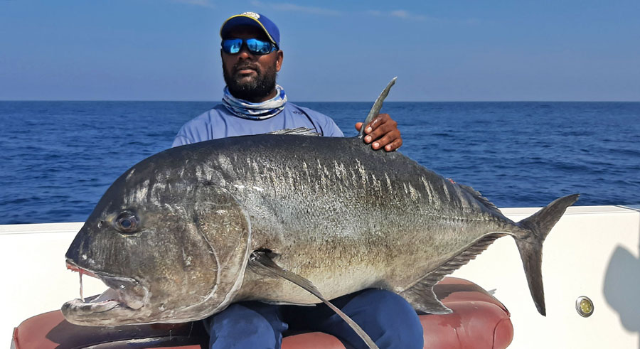 No5_Giant-trevally_fishing_popping_andaman_Shimano-Stella_gamefishingasia_boat_big-fish_gtpopping_boat-charter_angler_Suri