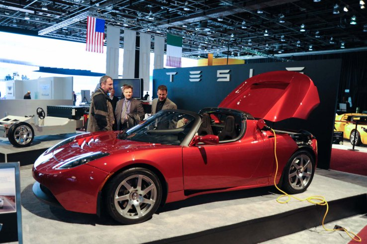 Tesla's Roadster 3.0 Will Go Mind Boggling Miles With One ...