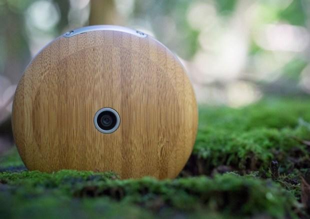 Runcible Wooden Circular Smartphone