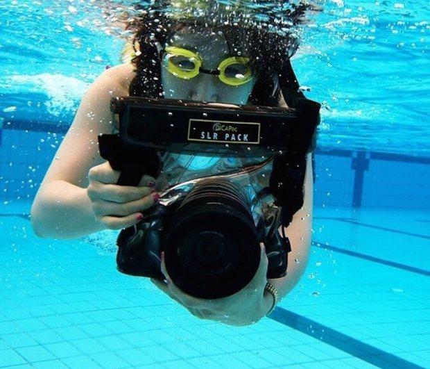 WPS10-Waterproof-Camera-Case-by-DiCAPac-01