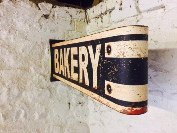 Bakery Retro Sign