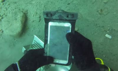 iPhone 6 Plus Underwater