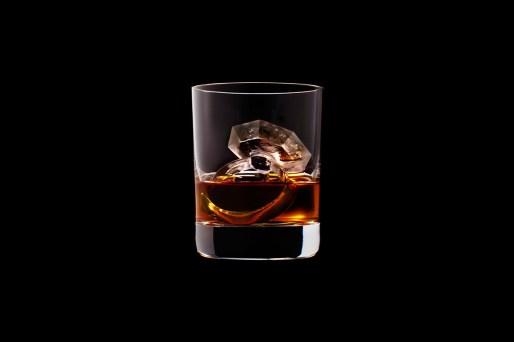 Suntory Whisky CNC figuras hielo anillo gema