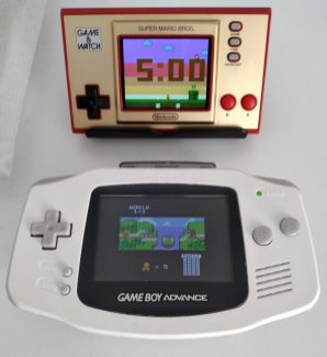Super Mario Bros. Deluxe (GBC) sigue siendo una de las mejores versiones.