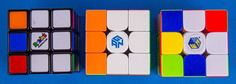 3 kubussen met verschillende hoeken