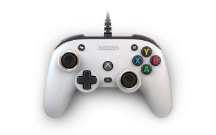 XBOX-COMPACT-CONTROLLER-White_01
