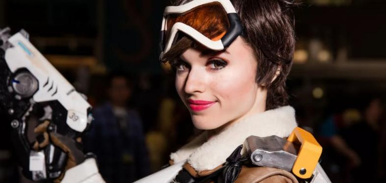 11 Sexiest Tracer Cosplays Number 9 Is Hottest IMO