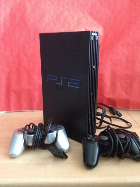 "Playstation 2 ""Fat"""