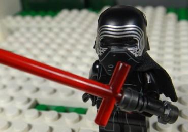LEGO-Star-Wars-El-despertar-de-la-Fuerza-Kylo-Ren-gamersrd.com
