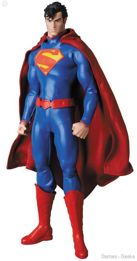 Real-Action-Heroes-RAH-DC-New-52-Superman Figurine - Real Action Hero - Superman