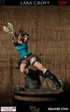 vertical_01 Une figurine pour Lara Croft!