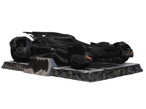 ELG10053-620x465 Suicide Squad - Figurine du Joker et Harley