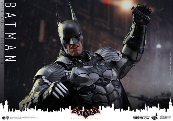 dc-comics-batman-arkham-knight-sixth-scale-hot-toys-902934-19 Figurine – Batman – Arkham Asylum – Hot Toys
