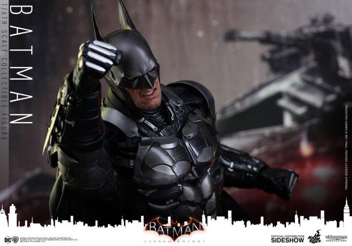 dc-comics-batman-arkham-knight-sixth-scale-hot-toys-902934-20 Figurine – Batman – Arkham Asylum – Hot Toys