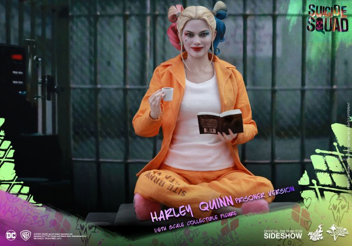 dc-comics-harley-quinn-prisoner-version-sixth-scale-suicide-squad-902949-04 Figurine - Harley Quinn - Suicide Squad - Version Prison - Hot Toys