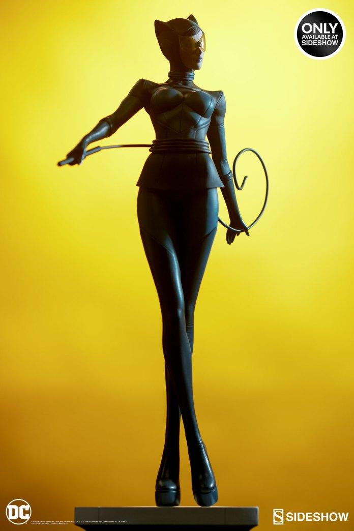 dc-comics-catwoman-statue-stanley-artgerm-lau-artist-series-200428-16 Figurines - Harley Quinn - Catwoman et Poison Ivy vues par Artgerm