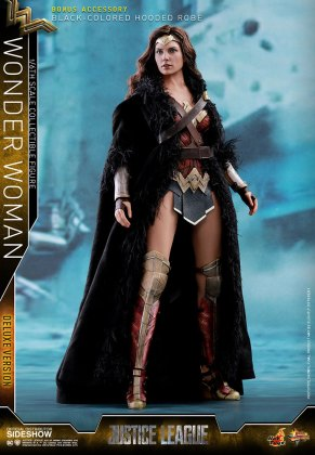dc-comics-justice-league-wonder-woman-deluxe-sixth-scale-hot-toys-903121-05 Figurine - Wonder Woman Deluxe Version Sixth-Scale Figure