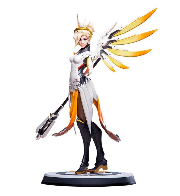 Mercy-blizzard-statue-3-696x755 Overwatch - Enfin une figurine pour Mercy