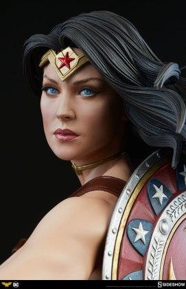 dc-comics-wonder-woman-premium-format-figure-sideshow-300664-14 Figurine - DC Comics Wonder Woman Premium Format
