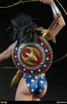 dc-comics-wonder-woman-premium-format-figure-sideshow-300664-17 Figurine - DC Comics Wonder Woman Premium Format