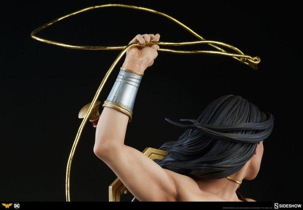 dc-comics-wonder-woman-premium-format-figure-sideshow-300664-21 Figurine - DC Comics Wonder Woman Premium Format