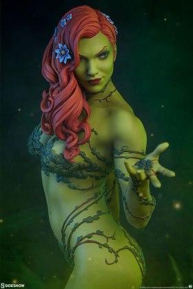 dc-comics-poison-ivy-premium-format-figure-sideshow-300487-02 Figurine - DC Comics Poison Ivy Premium Format