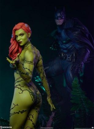 dc-comics-poison-ivy-premium-format-figure-sideshow-300487-26 Figurine - DC Comics Poison Ivy Premium Format