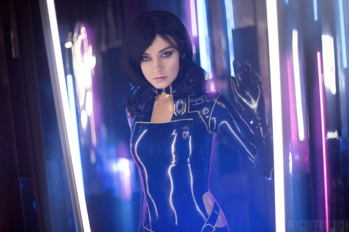 miranda-lawson-cosplay-07 Cosplay - Mass Effect - Miranda Lawson #164