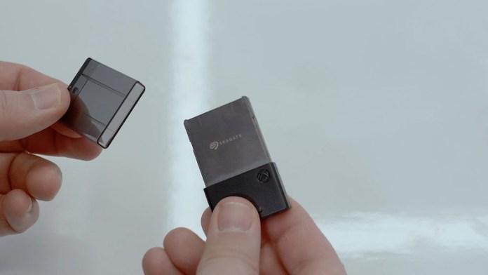 xbox-series-x-ssd-carte-memoire-09308 Xbox Series X vs PS5 - Le point
