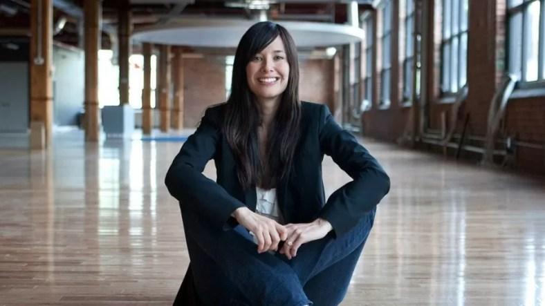 Sony telah bermitra dengan Jade Raymond untuk membuat studio independen baru bernama Haven Studios.  Pengumuman itu dibuat oleh Raymond