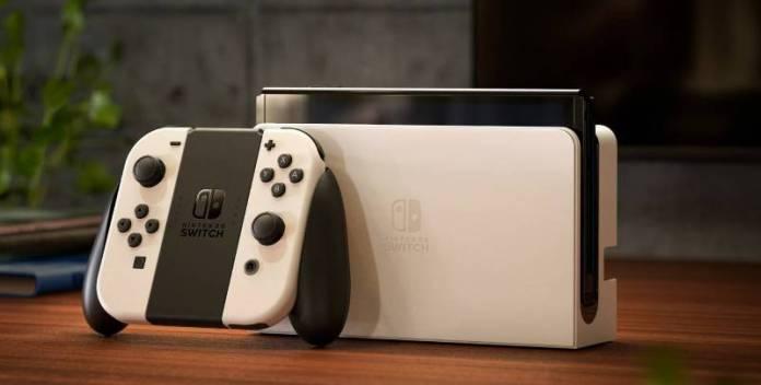 Nintendo Switch OLED uscita