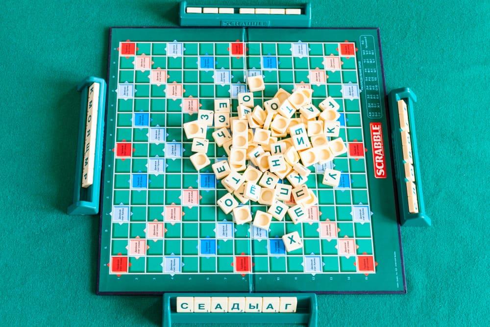 board game crossword game tile based