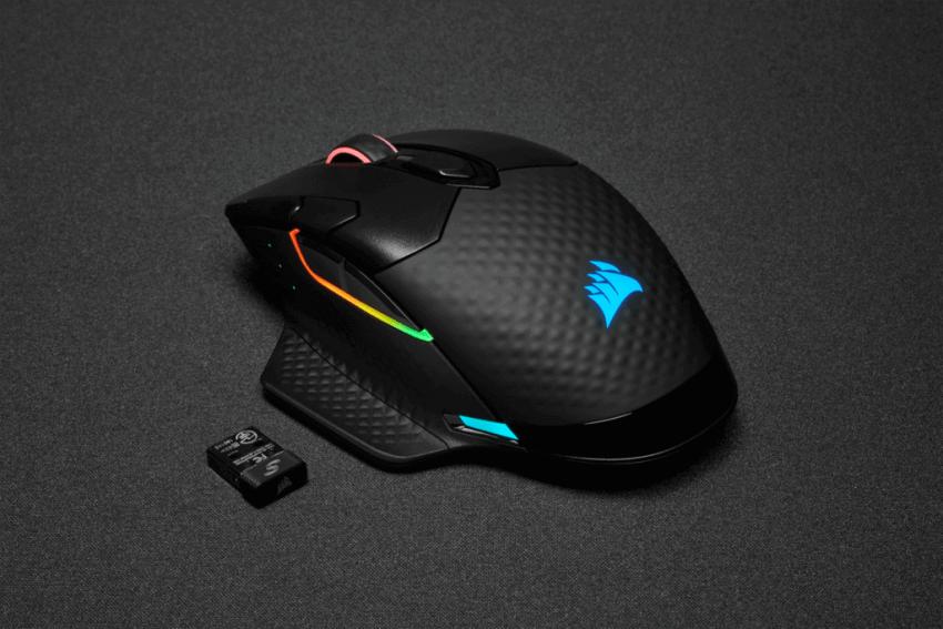 Corsair-Dark-Core-RGB-Pro-SE-mouse