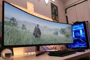 Display and Resolution of a curved gaming monitor